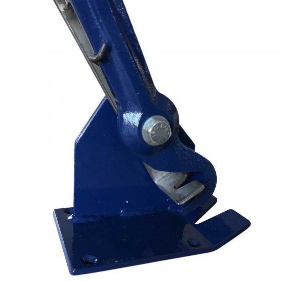 Manual sinew puller